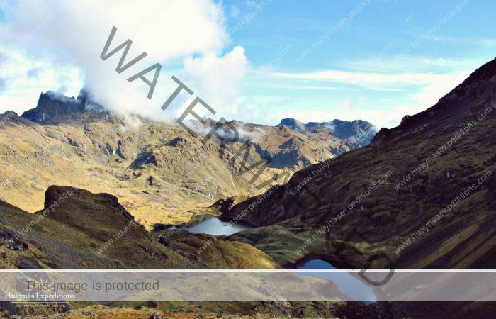 Lares Trek via Quishuarani - Huaran 4 Days